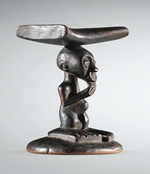 Sotheby's 67 Songye neckrest