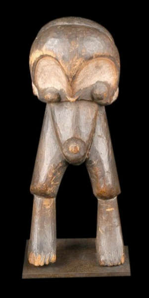 Bembe figure. Ex Collection Kahnweiler; donated by Leiris. Image courtesy of the Quai Branly Museum (#71.1990.171.43).