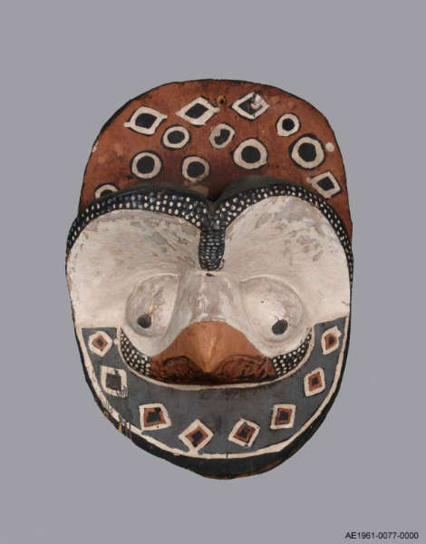 Nkanu panel. Height: 43,8 cm. Image courtesy of the MAS (# AE.1961.0077)