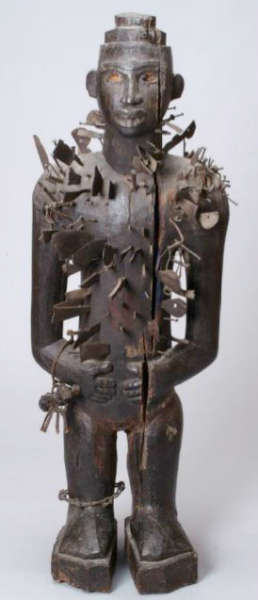 Vili nkisi nkondi figure. Height: 103,5 cm. Gift of Candis and Helmut Stern. Image courtesy of Michigan Museum of Art (2005/1.192).
