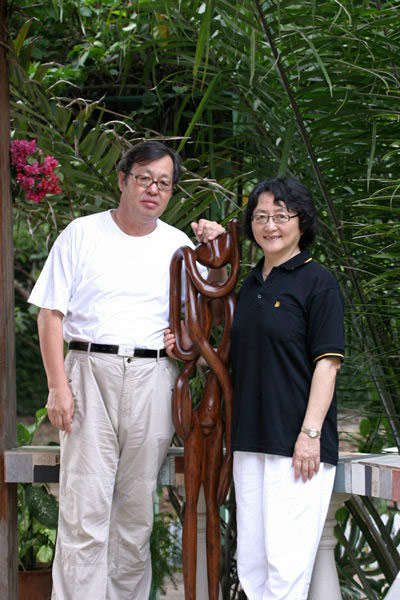 Li Songshan and his wife Han Rong. Photo courtesy of the China Daily.