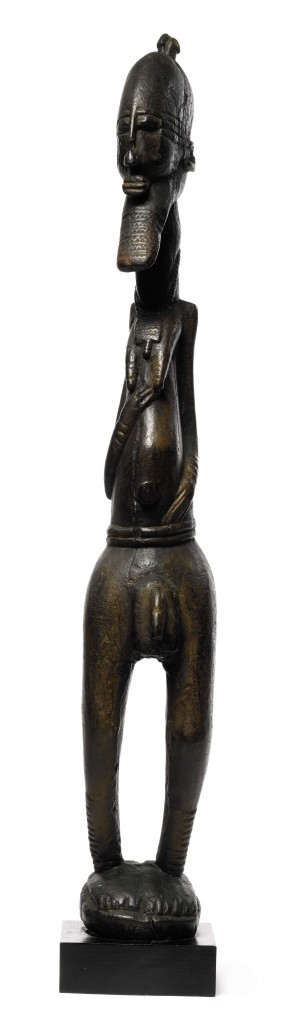 Dogon-Soninke figure. Height: 76,2 cm. Image Courtesy of the Louvre Abu Dhabi. Photo: Sotheby's.