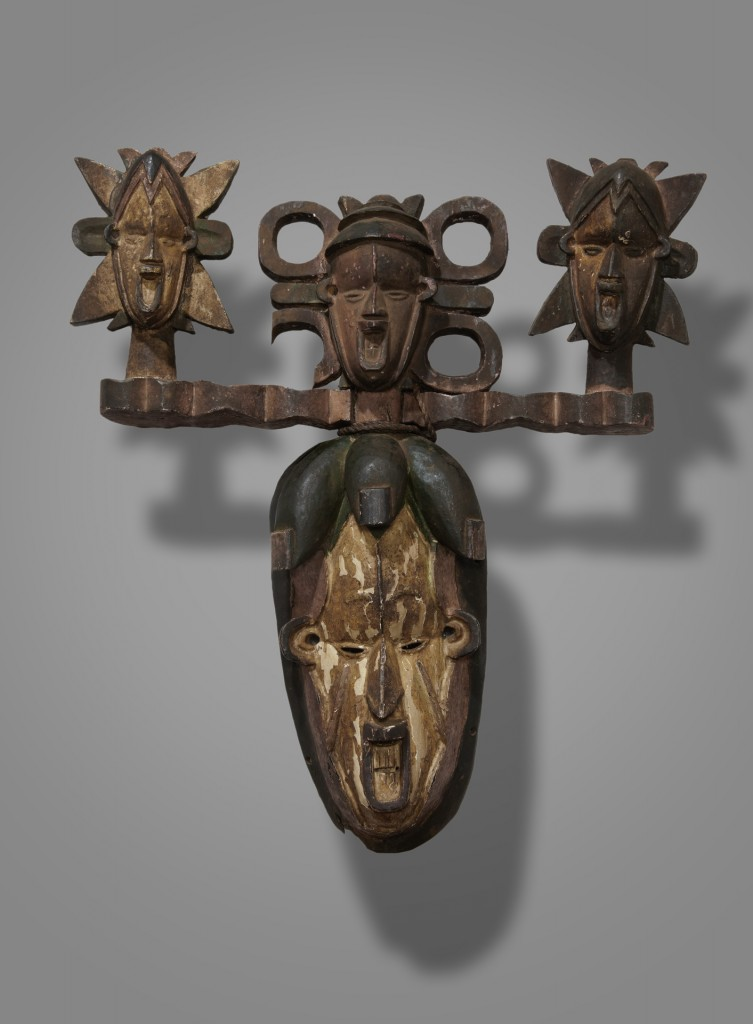 Igbo mask. Height: 42,6 cm. Image courtesy of the Yale University Art Gallery, New Haven, USA (2006.51.515).